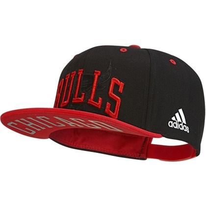 2932111d99e23 Boné Adidas NBA Chicago Bull Aba Reta BK3031 - EsporteLegal